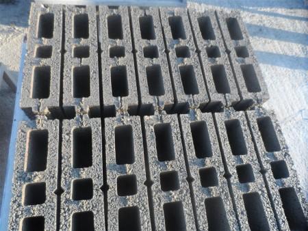 pondeuse-brique-parpaing-prix-machine parpaing-brique-creux